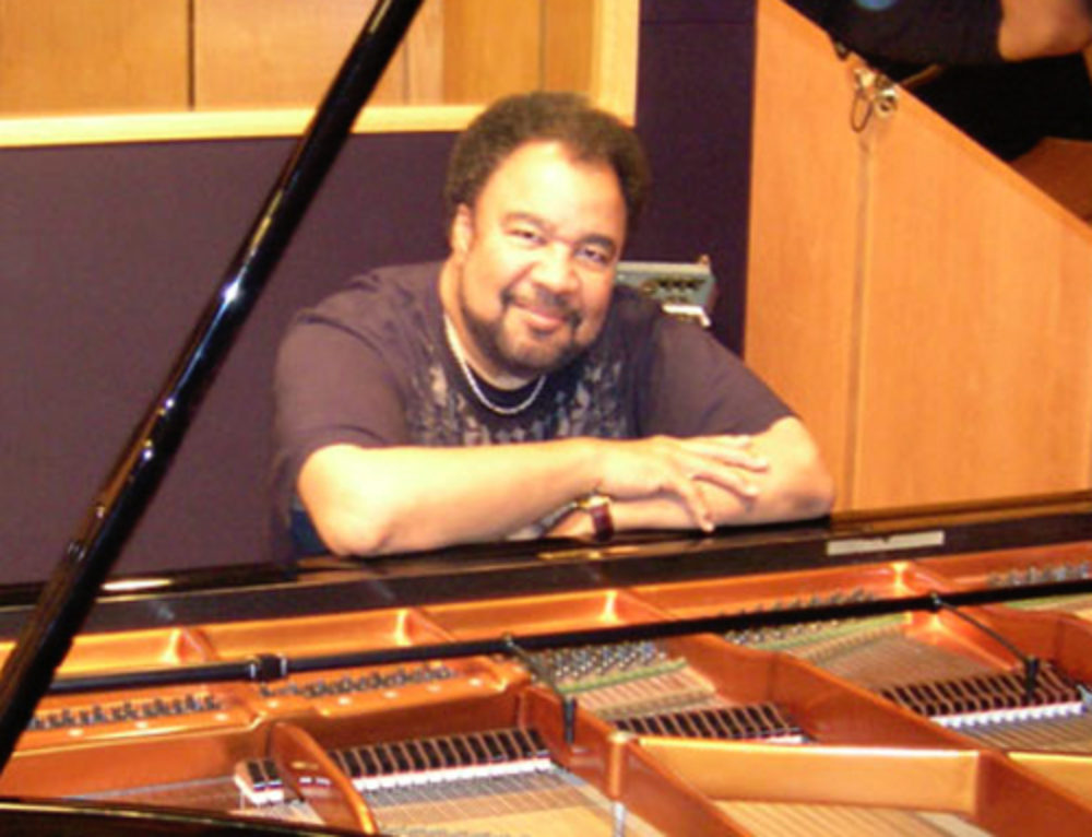 George Duke Relies on the PianoMic to Capture Natural Sound